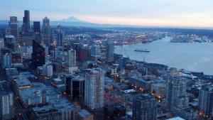Downtown Seattle med Mt Reiner synligt i bakgrunden. Foto: Michelle Speir