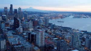 Downtown Seattle med Mt Reiner synligt i bakgrunden. Foto: Michelle Speir