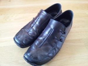 nymålade-skor